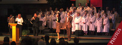 worship service photos balanced